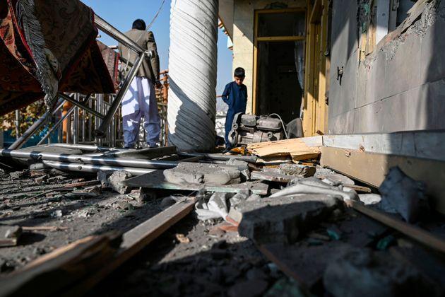 Afghanistan, pioggia di razzi su Kabul: 8 morti e 31 feriti. L'Isis