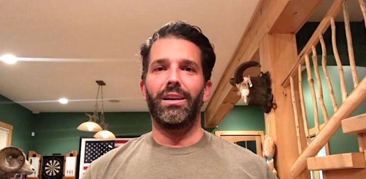 Don Trump Jr. in quarantine: Happy at home, cleaning his guns.