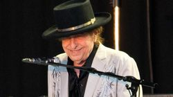 Australian News Show Apologises After Live TV Fail Claiming Bob Dylan