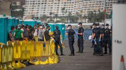 La cifra de migrantes en el Muelle de Arguineguín sigue cayendo y se sitúa por debajo de