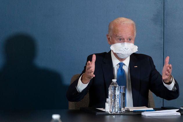 조 바이든 미국 대통령 당선인이 카말라 해리스 부통령 당선인과 함께 민주당 상·하원 지도부와 간담회를 하고 있다. 윌밍턴, 델라웨어주. 2020년