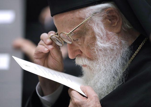 Βγήκε από τον νοσοκομείο ο Αρχιεπίσκοπος Αλβανίας