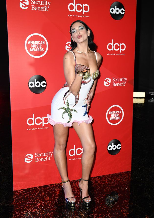 Dua Lipa poses for the 2020 American Music Awards, which was broadcast on Sunday in