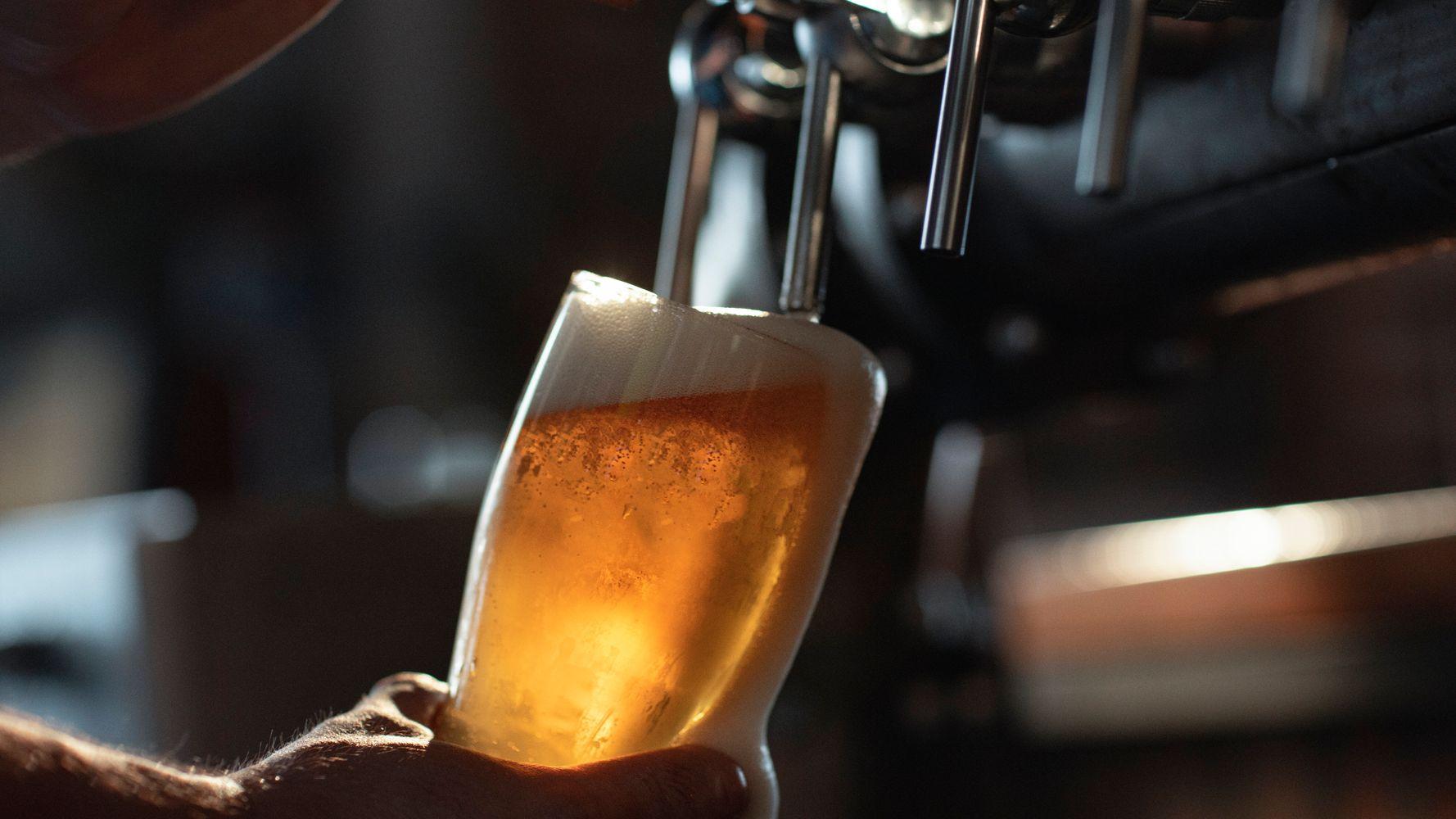 Ohio Man Buys $7 Beer, Leaves $3,000 Tip