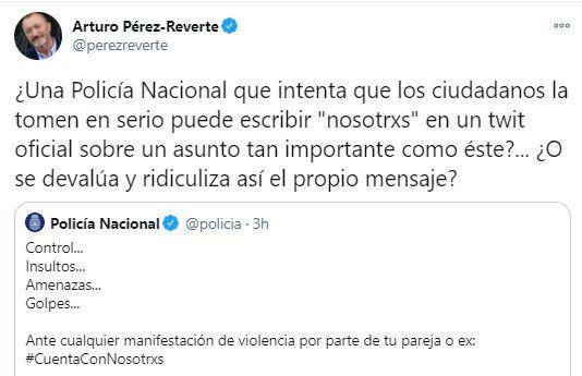Captura del tuit de Pérez-Reverte a la