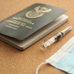Qantas: Υποχρεωτικό το εμβόλιο κατά του κορονοϊού για τις διεθνείς