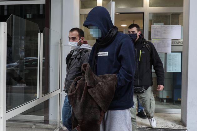 Έγκλημα στις Σπέτσες: Η «μεγάλη» ζωή, η έπαυλη και το