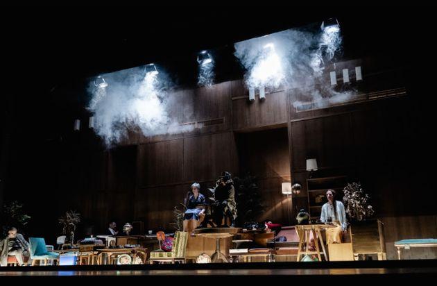 Διαδικτυακή πρεμιέρα: «Τρεις Αδελφές» του Τσέχωφ σε σκηνοθεσία Δημήτρη