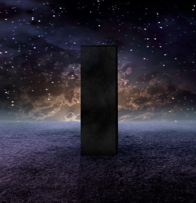 Τι είναι οι μονόλιθοι της «Οδύσσειας του Διαστήματος», που θυμήθηκαν όλοι- και ποιοι τους