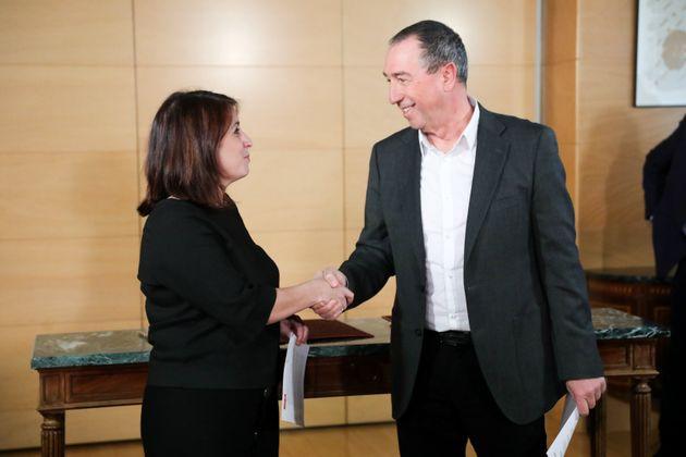 La portavoz del grupo parlamentario socialista, Adriana Lastra, y el portavoz de Compromís, Joan...