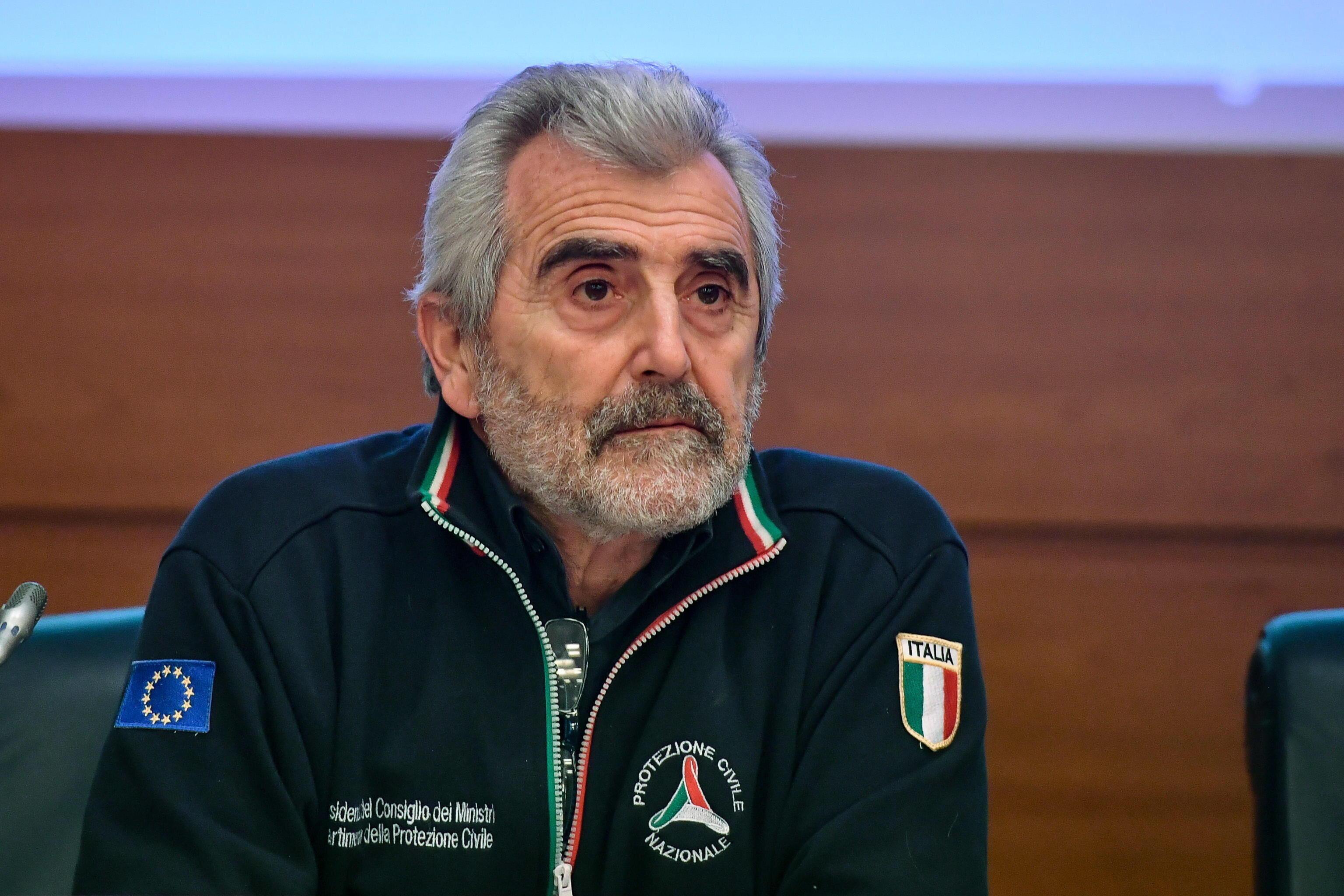 Agostino Miozzo: Metterei i lavoratori della scuola tra le categorie con priorità per il vaccino