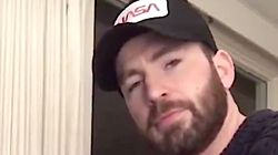 Chris Evans Plays The Piano And Twitter Could Listen To Him All