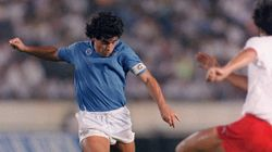 60 anni di Maradona: dagli esordi alle storiche vittorie col Napoli