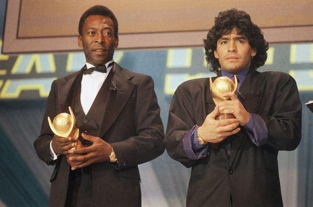 Pelé et Maradona, ici en mars 1987 en Italie pour la remise d'un