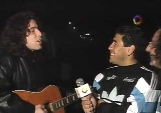 Andrés Calamaro y Diego Armando Maradona en la previa del Mundial de