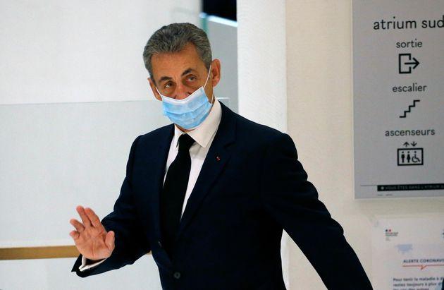 Nicolas Sarkozy se rendant à la 32e chambre correctionnelle du tribunal judiciaire de Paris jeudi...