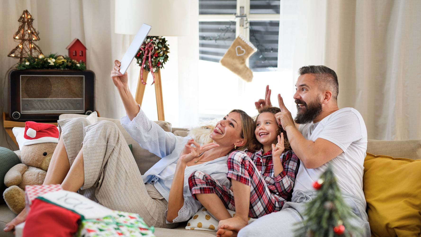How To Have The Tricky Conversation About Where You're Spending Christmas