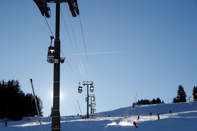 Estrosi veut réserver les stations de ski d'Isola 2000 et Auron aux habitants des Alpes-Maritimes...