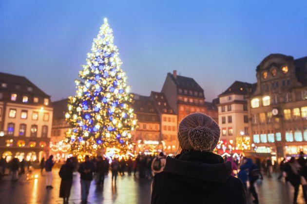 Ούτε σκι, ούτε πυροτεχνήματα: Πώς θα γιορτάσει φέτος η Ευρώπη τα