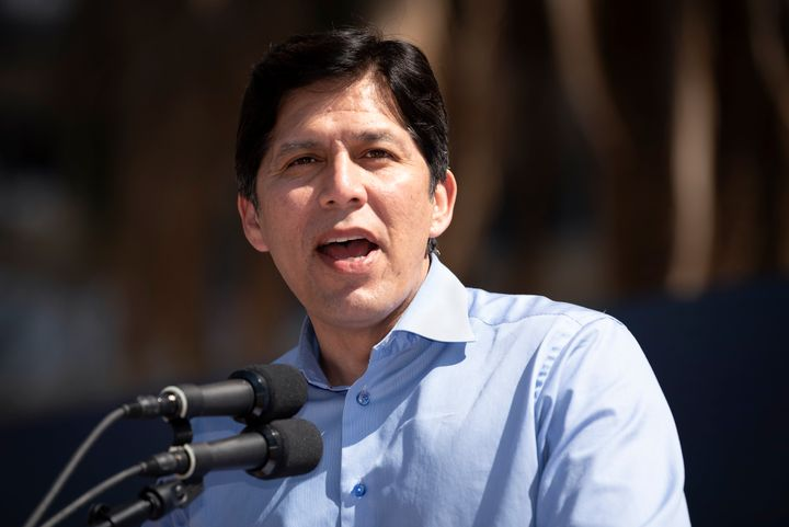 Kevin de León, a Los Angeles city councilman and former state Senate president, is an underdog in the bid to replace H