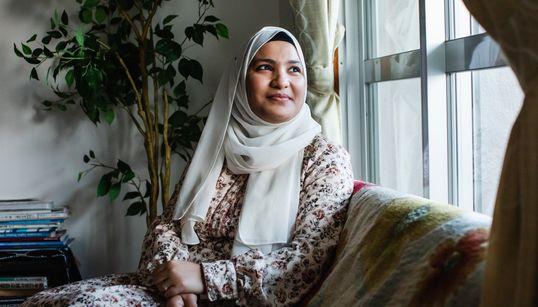 """「ママ、""""ガイジン""""って悪いこと?」ロヒンギャ難民の母が願う、子どもたちが「見た目」で差別されない未来"""