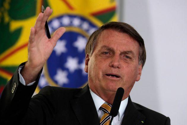 (자료사진) 자이르 보우소나루 브라질 대통령이 '관광 재개' 프로그램을 공개하는 기자회견에서 발언하고 있다. 브라질은 세계에서 두 번째로 많은 코로나19 사망자가 발생한 국가다.2020년