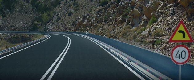 Εργα οδικής ασφάλειας σε 7.000 σημεία σε όλη τη