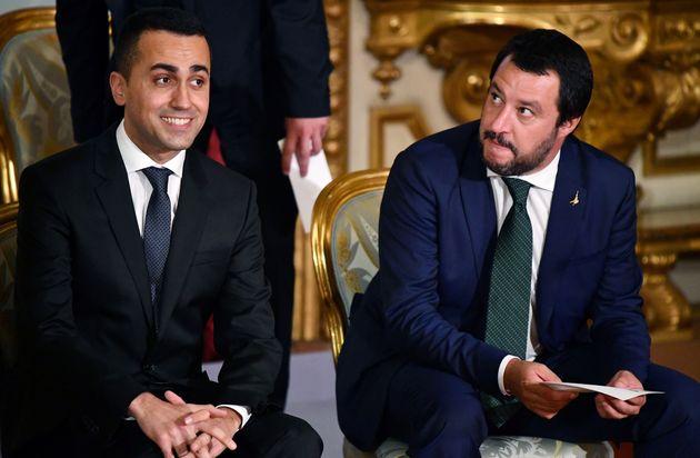 Da Di Maio a Salvini, offerte da Black Friday per uscire