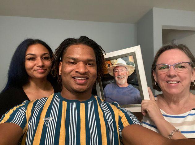 4 ans après Jamal et Wanda continuent de célébrer Thanksgiving