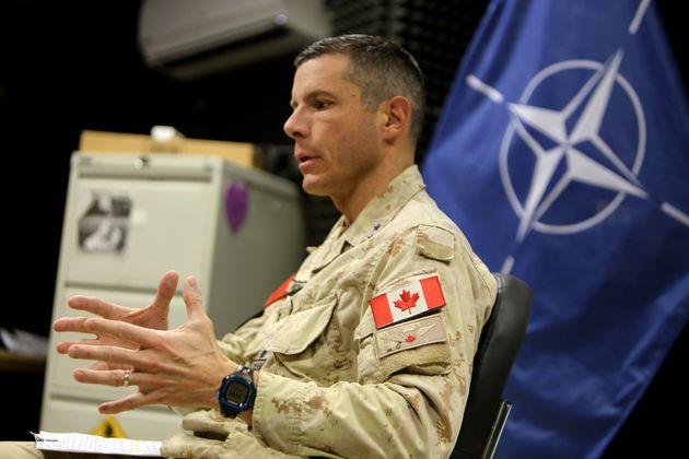 Au cours de sa carrière militaire, Dany Fortin a entre autres commandé une mission de l'OTAN...