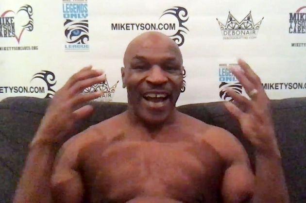 Stasera torna sul ring Mike Tyson nella sfida tra leggende della