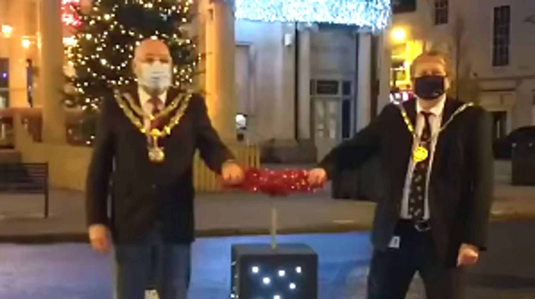 The Timing Of This Town's Christmas Lights Switch-On Couldn't Be Funnier
