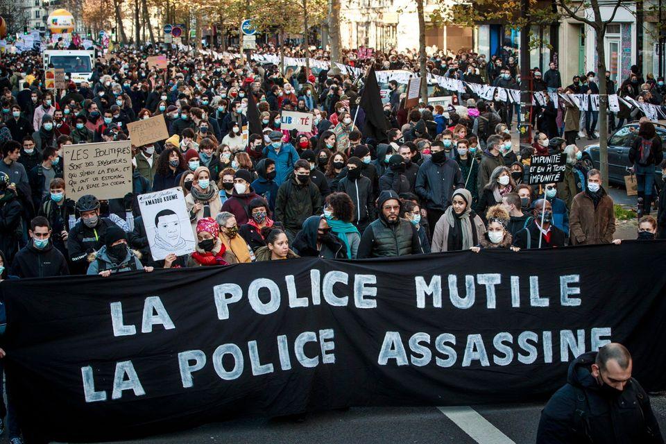 Proteste a