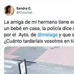 Estupor por lo que tiene que soportar una vecina de Málaga desde que se encendió el alumbrado de