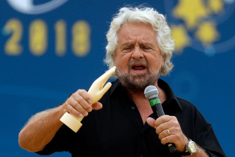 Beppe Grillo, Elevato in