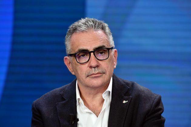 """Fabrizio Pregliasco: """"Il virus diffuso oggi è quello del Nord Italia? Servono ulteriori studi. Ci sono sei varianti"""""""