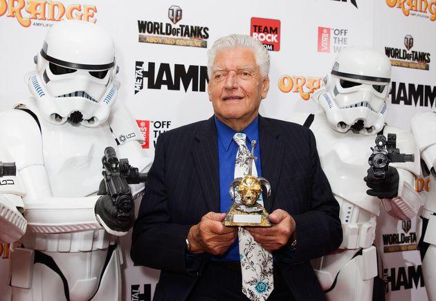 Dave Prowse aka Darth Vader, assiste aux Metal Hammer Golden Gods Awards à l'O2 Arena, le 16 juin...