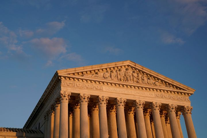 A general view of the Supreme Court building at sunset in Washington, November 10, 2020. (REUTERS/Erin Scott)