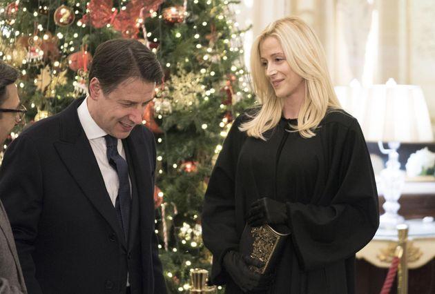 Il premier Conte e la compagna Olivia Paladino (foto