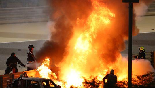 炎上するF1マシンから自ら脱出。ロマン・グロージャンさん「まあまあ大丈夫です」(動画)