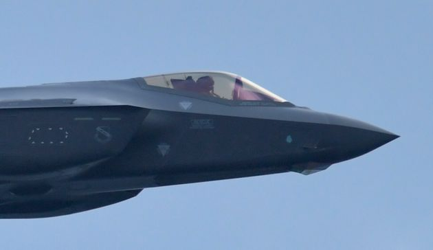 FORT LAUDERDALE, FL - NOVEMBER 22: F-35 Lightning II performs day 2 in the Fort Lauderdale Air Show on November 22, 2020 in Fort Lauderdale, Florida People: F-35 Lightning II . Credit: hoo-me.com/MediaPunch /IPX