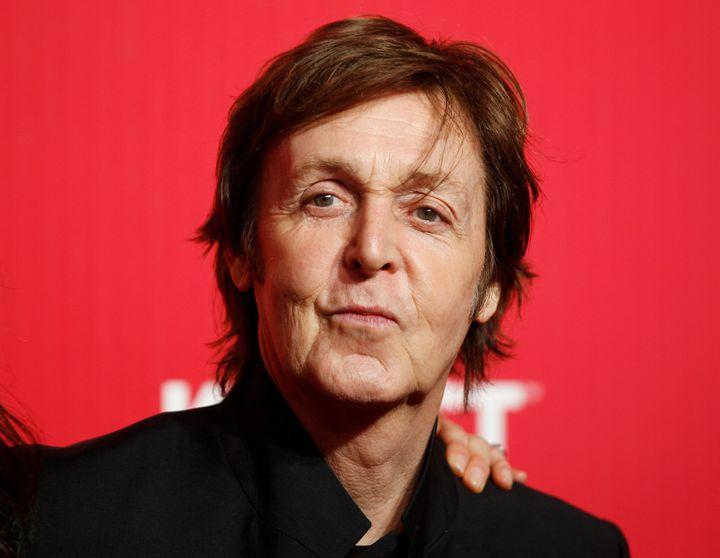 Paul McCartney figure parmi les clients de la marque.