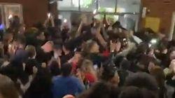 Polizia Gb irrompe a una festa: tutti senza mascherina (studenti di Medicina compresi)