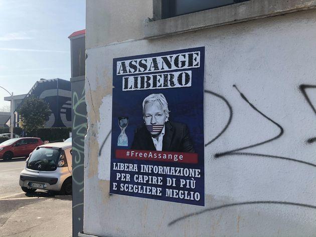 Fra Assange e l'Italia, un'analisi sullo stato