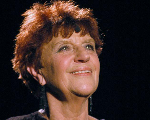 La chanteuse Anne Sylvestre, ici en photo lors d'une répétition à l'auditorium Saint Germain de Paris,...