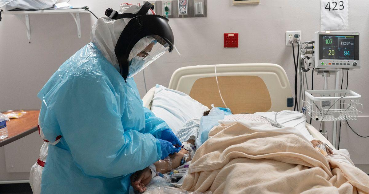 Les États-Unis redépassent la barre des 2500 morts en 24h, comme au pire de la crise