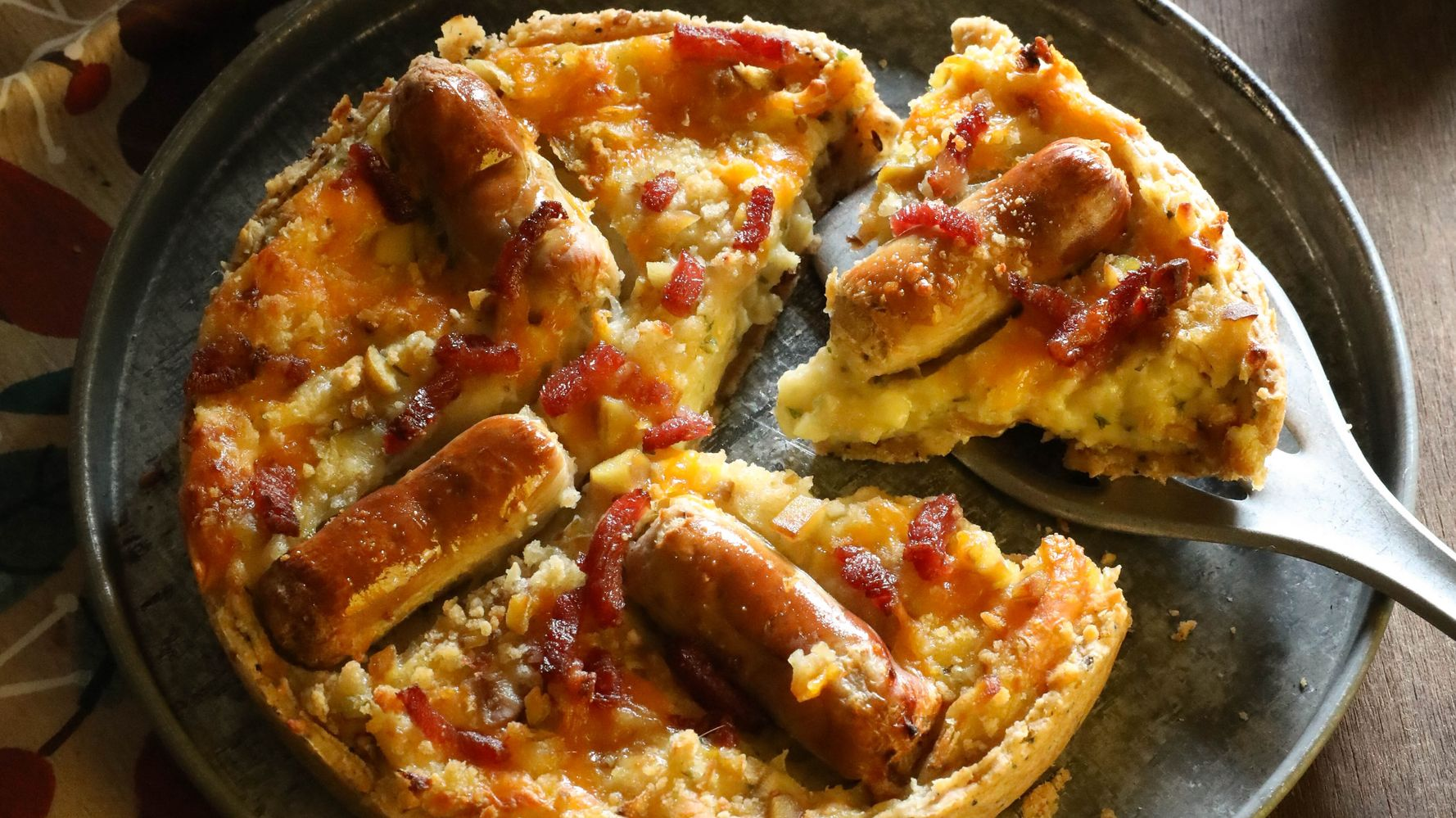 This Pigs In Blanket Cheesy Quiche Is A Festive Dinner Winner