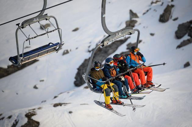 Ελβετία: Τα θέρετρα σκι προετοιμάζονται για την σεζόν παρά τους φόβους γειτονικών