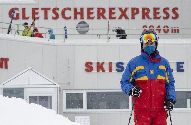 Un skieur sur le Glacier de Pitztal dans le Tyrol autrichien, le 29 octobre 2020 (photo
