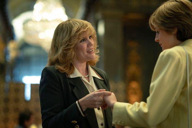 Camilla Parker Bowles, jouée par Emerald Fennell, face à Lady Di dans la saison 4 de